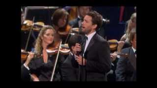 "Julian Ovenden sings ""Oh, What a Beautiful Morning"""