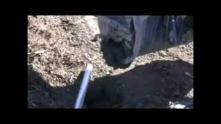 Video Concrete mixing bucket