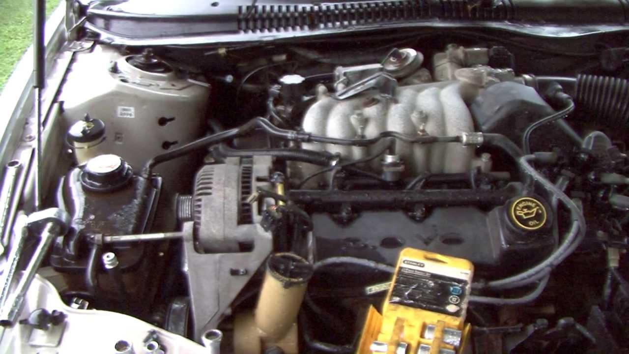 maxresdefault how to change your alternator in your taurus or sable youtube Ford Alternator Wiring Diagram at soozxer.org