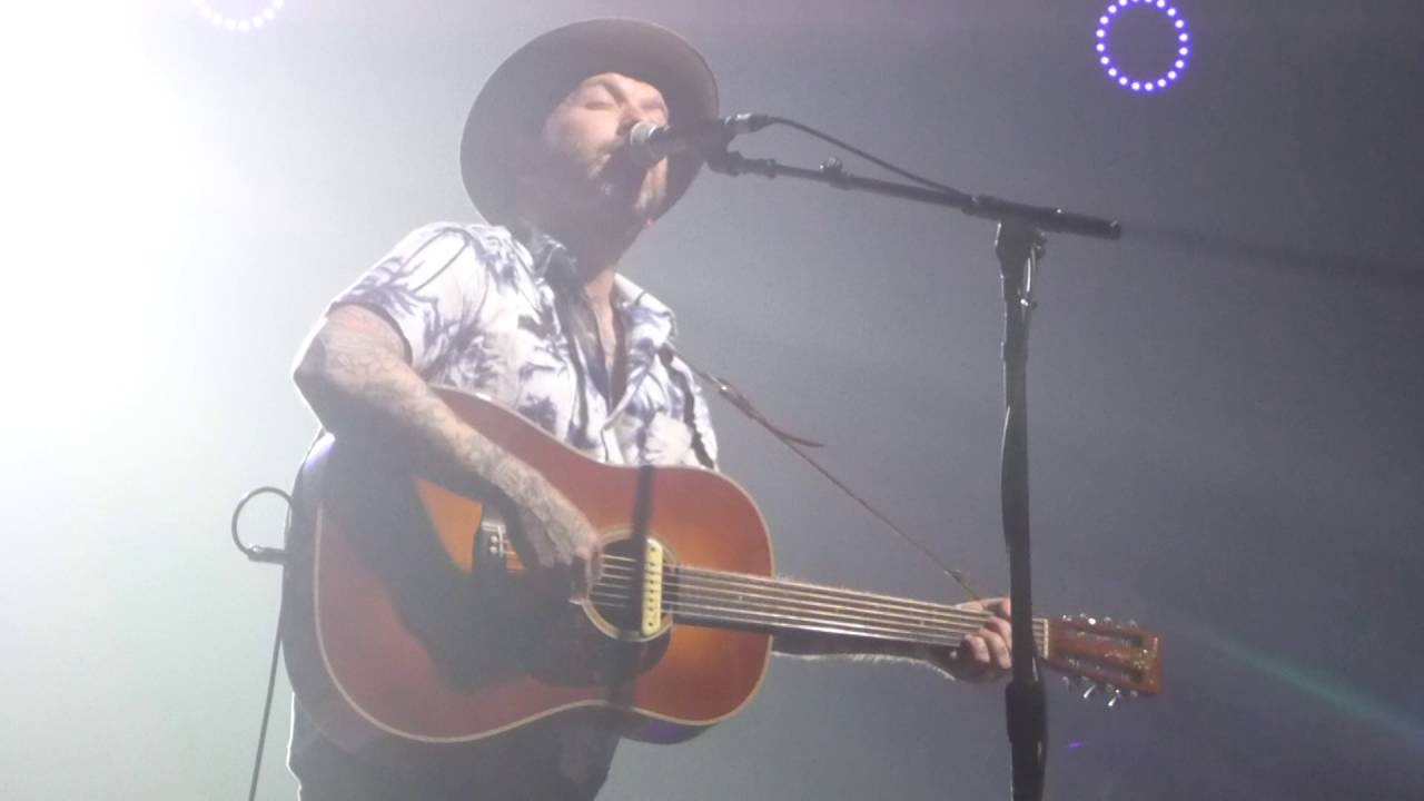 city-and-colour-dallas-green-bobcaygeon-the-tragically-hip-cover-calgary-ab-june-11th-2016-mscrumbles