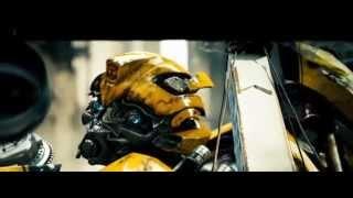 Transformers (2007) Bumblebee vs Brawl (HD latino)