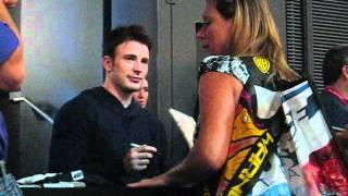 SDCC: Chris Evans Signing!
