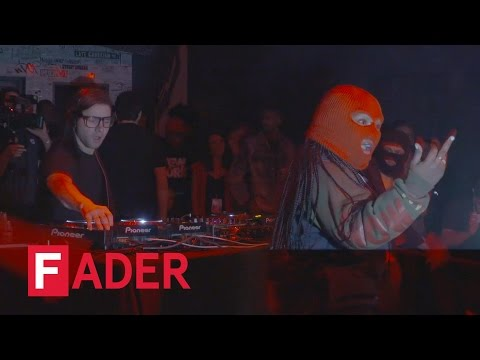 """Skrillex, """"Fuck The Summer Up""""  (ft. Leikeli47) - Live At The FADER FORT Presented By Converse (4)"""