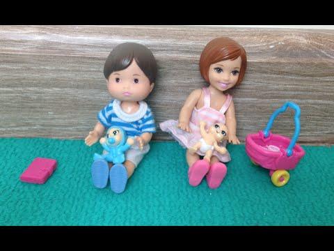 Novelinha da Barbie - Aninha brincando de Baby Alive com Joãozinho - Julia Silva