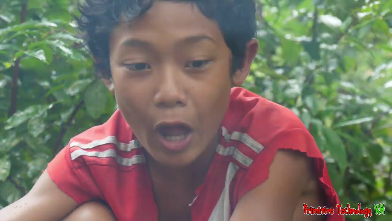 Primitive Technology - Eating Big Chiken Delicious In Jungle - Cooking Recipe #176