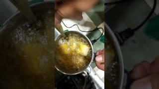 Murah tanpa sulit menggoreng makanan dgn panci listrik
