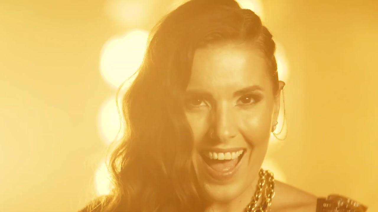 Julia Raich - Nachts in Wien (Offizielles Musikvideo)