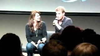 Amanda Tapping & Robin Dunne - Armageddon Melb 2011 part 1