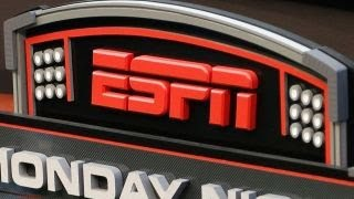 ESPN pulls reporter Robert Lee from UVA game