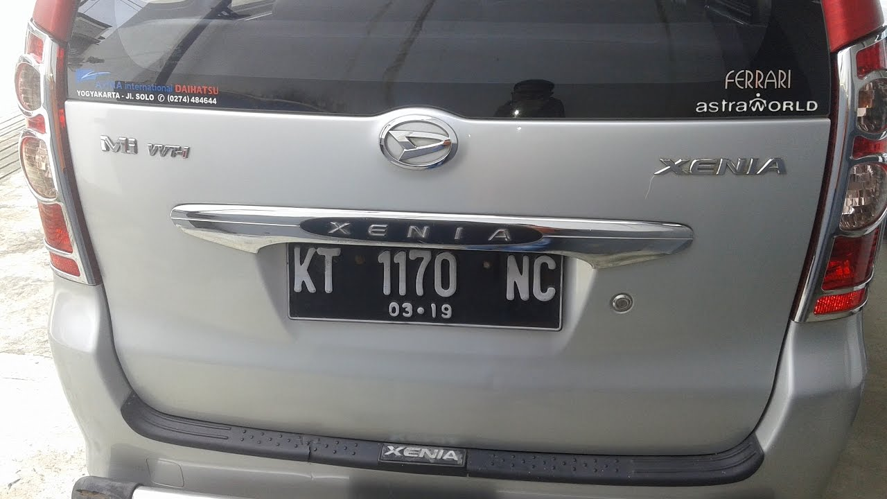 Dijual Mobil Daihatsu Xenia Mi 2008 Mesin 1000cc Silver Samarinda  HP