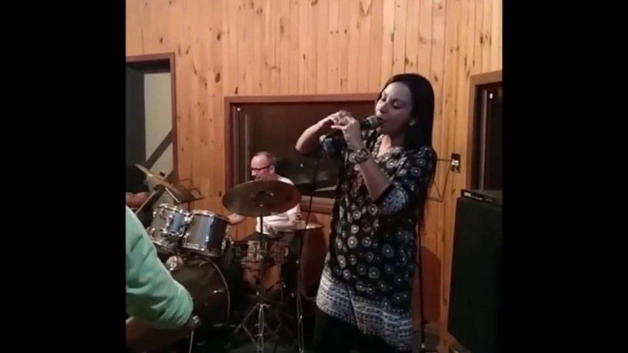 Cristina Mel Chamada Curso de música
