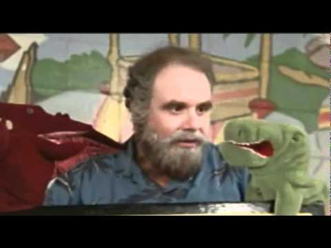 Nostalgia Critic -  Ernest Saves Christmas