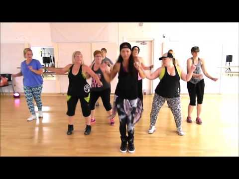 Zumba® with LO - *Work / Ciara ft Miss...