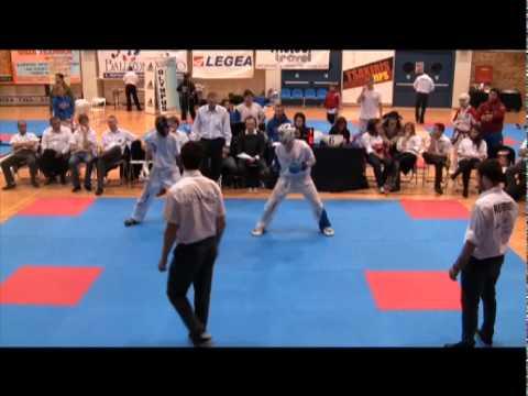 Athens Challenge 2011 Under 16's Grand Champion Lá...