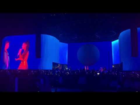 Justin Bieber and Ariana Grande perform Sorry at Coachella 2019