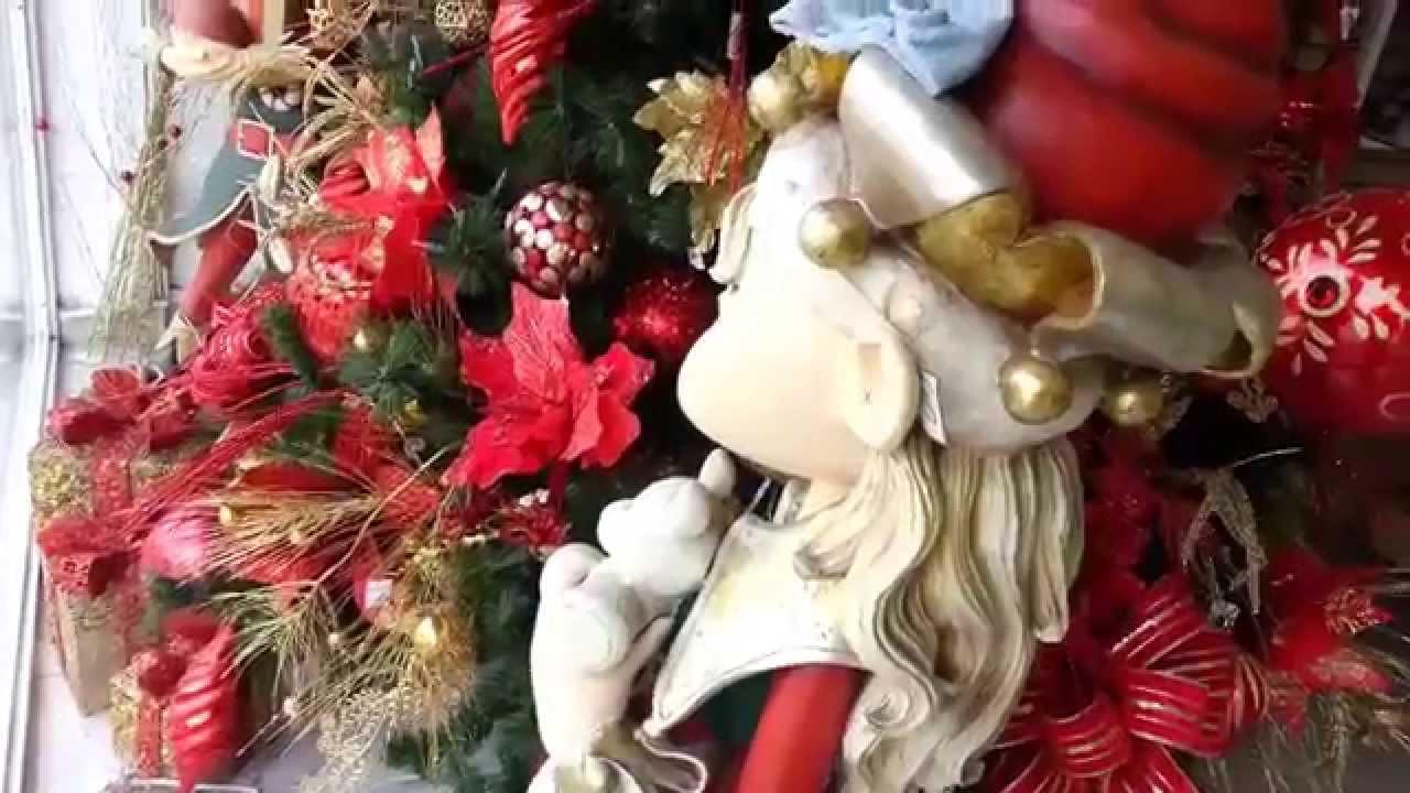 Varias ideas para decorar el arbol de navidad rojo 2019 for Ideas para decorar el arbol de navidad