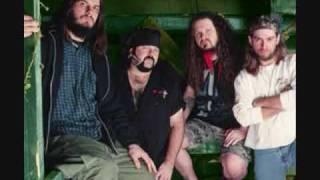 Pantera-Drag the Waters + (Lyrics)