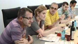 Training Negociere Foxx Training Valentin Postolache Bistrita iunie2011.MPG