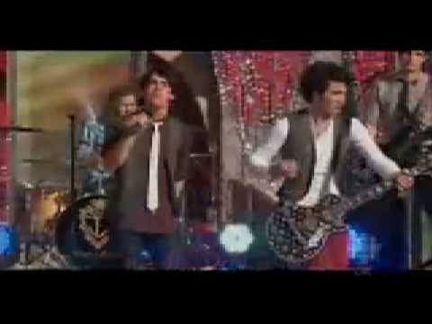 Jonas Brothers - Joyful kings (Joy To the world) music video in HQ + download and lyrics