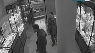 Ювелирный магазин оставили без золота(, 2013-09-11T15:56:24.000Z)