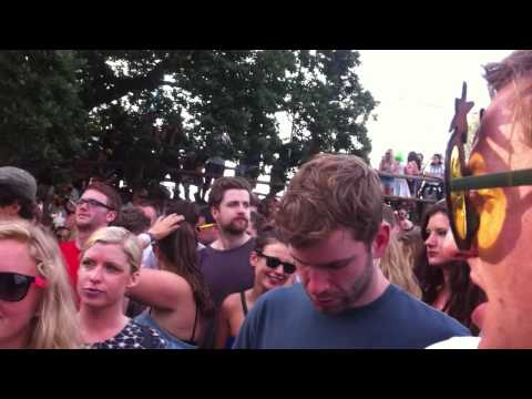 Zed Bias - Neighbourhood Live at the Drop SGP 2012