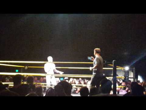 Garth Brooks - Friends in Low Places karaoke / Finn Balor [NXT Tulsa 5/8/16]
