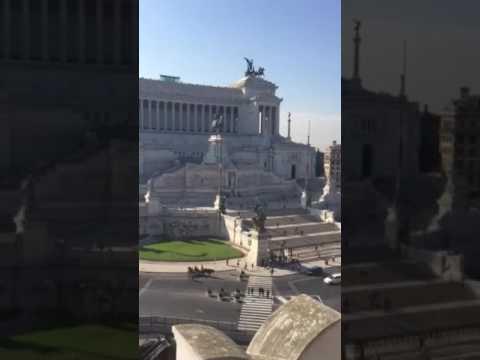 smmdayit Roma- piazza Venezia vista dalla terrazza \