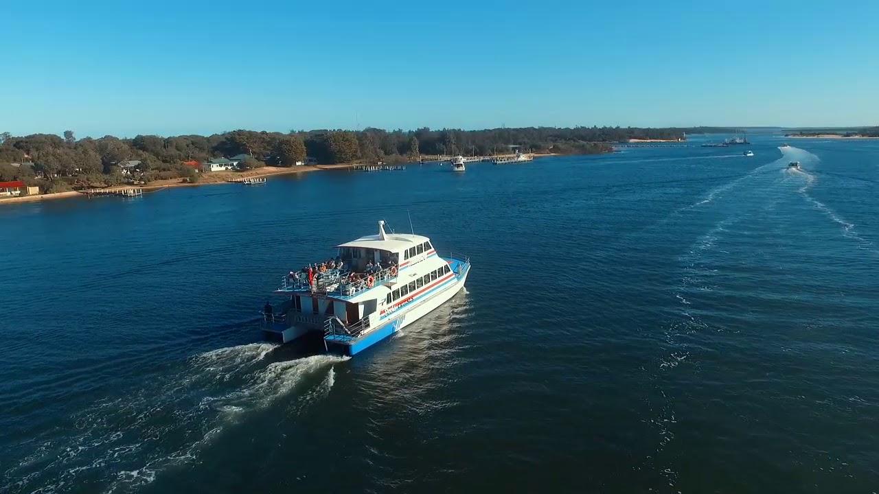 Peels Cruises - Lakes Entrance Accommodation