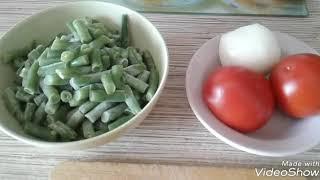 Салат из стручковой фасоли и ветчины .