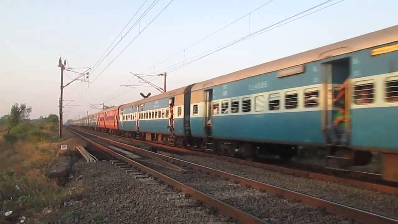 Indian Railways Passenger train 19216 Saurashtra Express at Kelve Road !!!