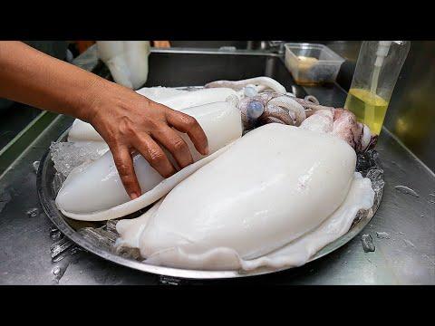 Thai Food - SPICY STIR FRIED SQUID Aoywaan Bangkok Seafood Thailand