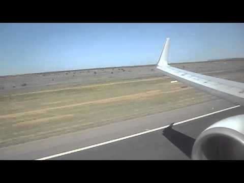 Qantas Boeing 737-800 Alice Springs Landing