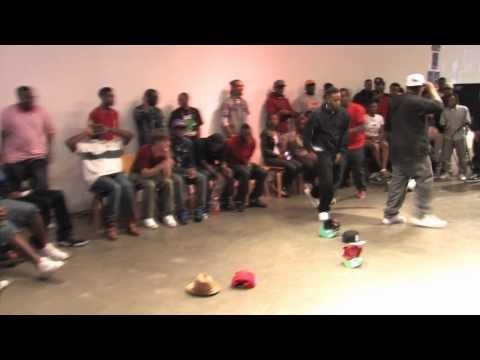 Lil Spinz vs Lil Pat  #Jookinwarz8  Memphis jookin 2012