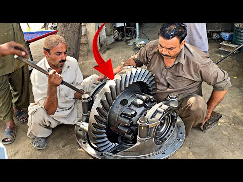 HOW to Repair Differential Gear Of A Isuzu truck ☆ REBUILD Isuzu truck Broken Rear Differential ||