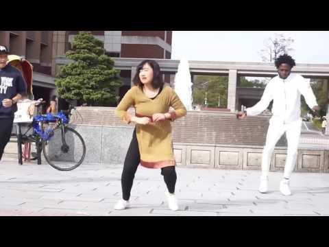 বন্ধু তুই লোকাল বাস   Local Bus by APU   Performed By Foreigners   Bangla New Song   2017