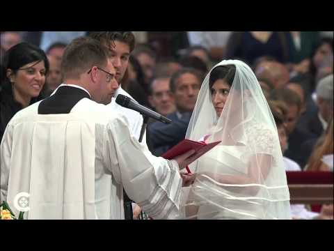 THE CHURCH AS COMMUNION: THE INFLUENCE OF THIS THEOLOGY ON THE SYNOD ON THE FAMILY. (4)