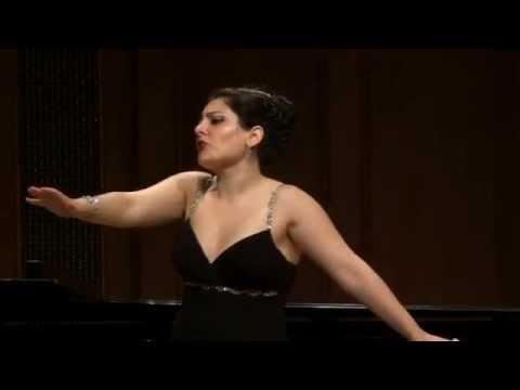 Beste Kalender Mezzo soprano sings I'm a stranger here myself by K. Weill