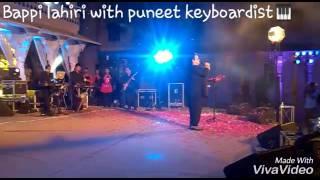 Bappi lahiri.. with Puneet keyboardist  ******YAAD AA RAHA HAI ***KOI YAHA NACHE**