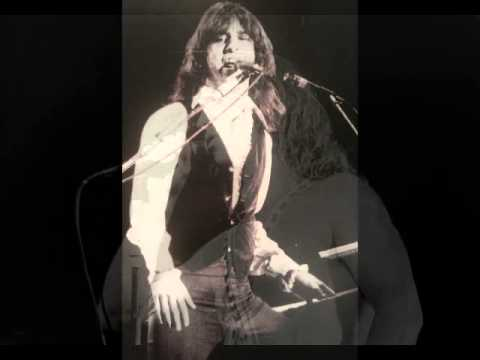 Kansas  Carry On Wayward Son with intro  Santa Monica CA 1411977