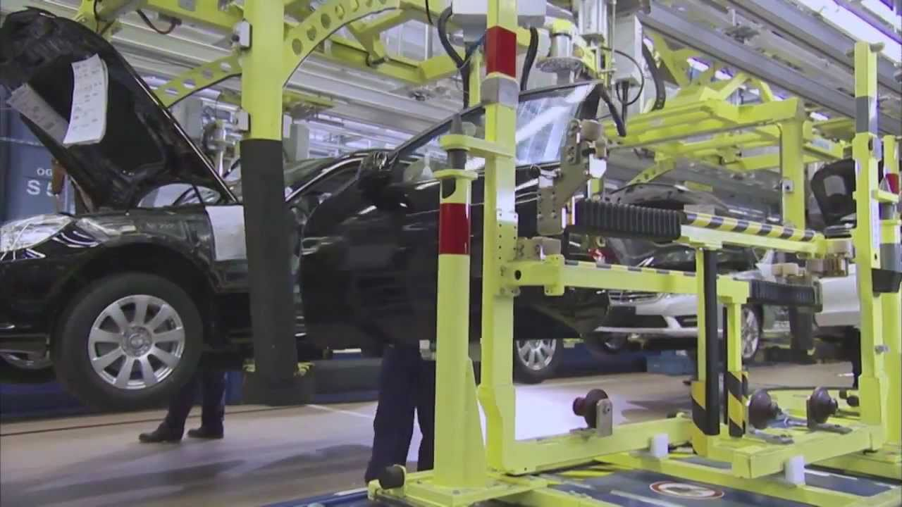 Mercedes-Benz 2011 Sindelfingen Plant Trailer - YouTube  Sindelfingen