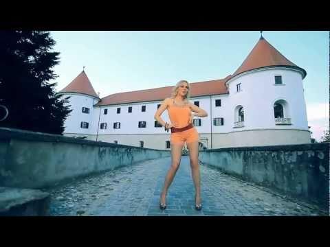 IVANA SELAKOV - NASE MALO SLAVLJE (OFFICIAL VIDEO)