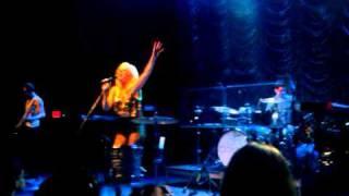Ellie Goulding - Lights (Live @ 9:30 Club Washington DC) 25 July 2011