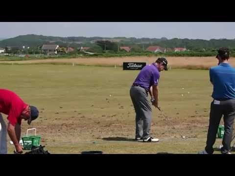 Tom Watson Practicing