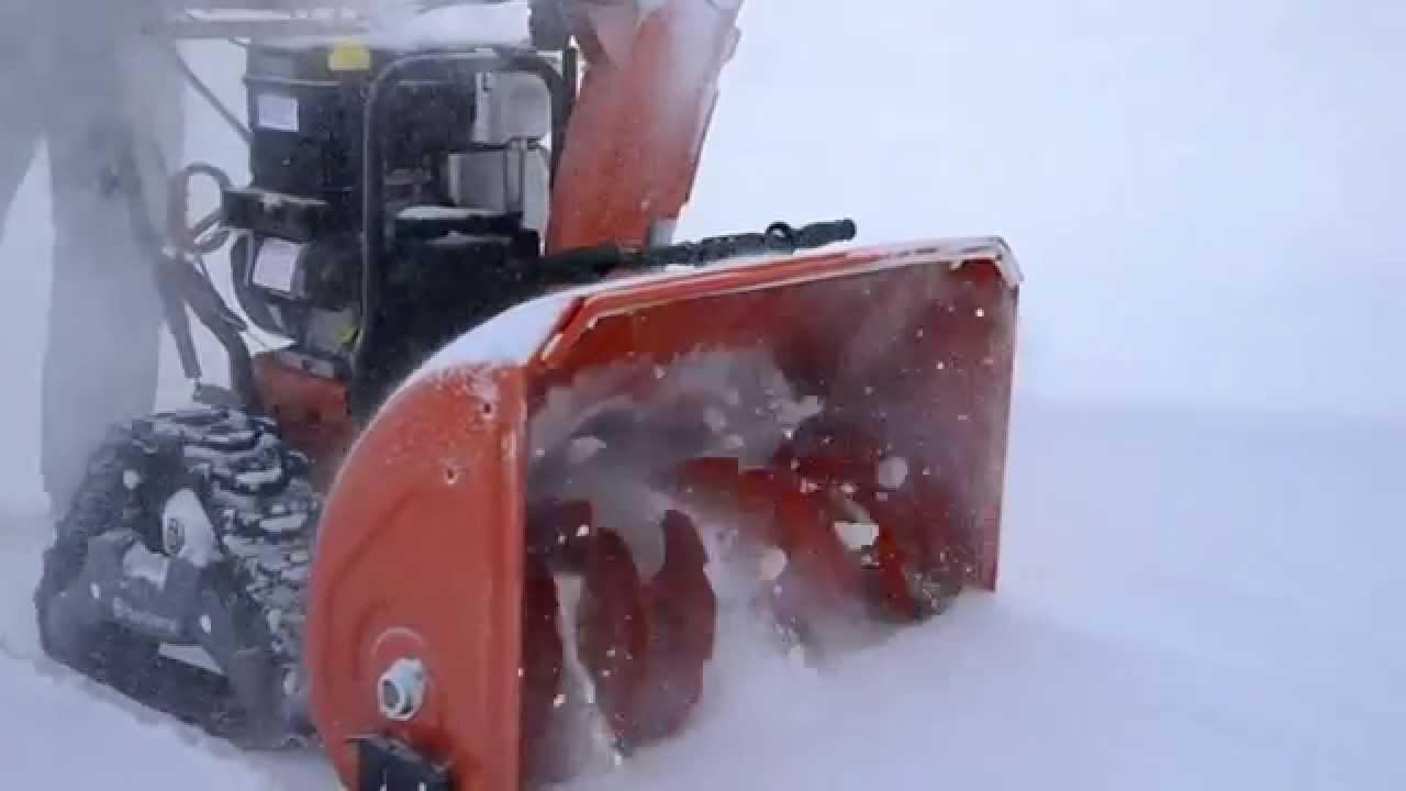 Гусеничные снегоуборщики Husqvarna ST 268EPT / ST 276EPT