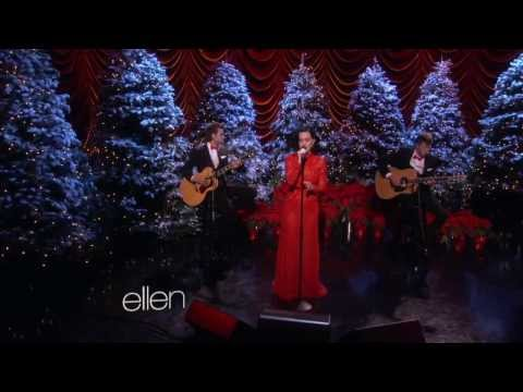 Katy Perry - Unconditionally (Acoustic Version) @ The Ellen DeGeneres Show HD