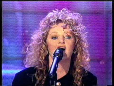 Bonnie Tyler   Making Love Out Of Nothing At All TV Performance