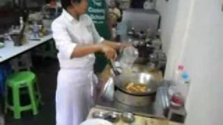 Thai Fried Chicken With Cashew Nuts How To Make