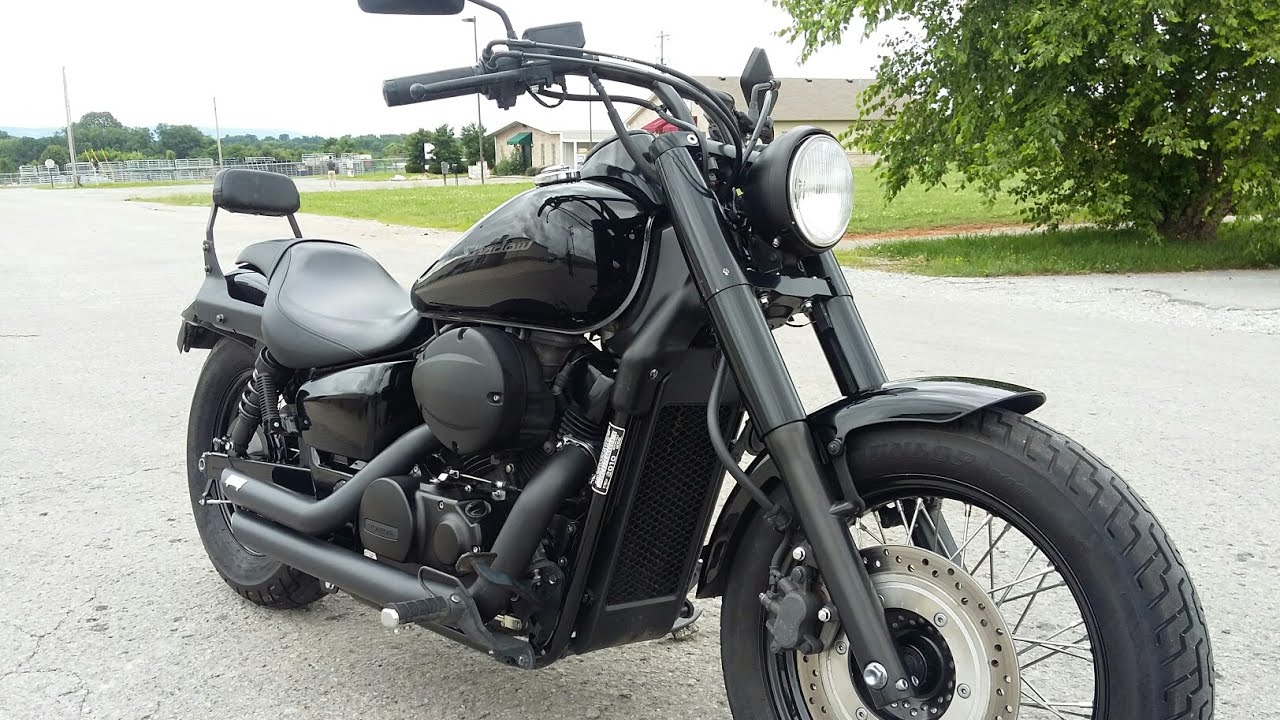 2010 honda shadow phantom with vance and Hines exhaust!