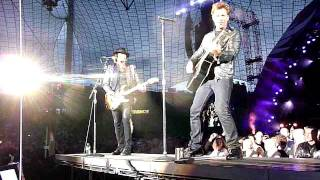 Bon Jovi - Live 2011 - Munich - 12.06.2011 - Ill be There for You (partial)