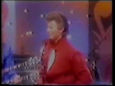 BOWIE Ashes To Ashes [tonight show '80]
